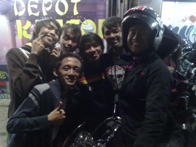 [UPDATE] Foto Buka Bersama & Nonton Bareng  07092015