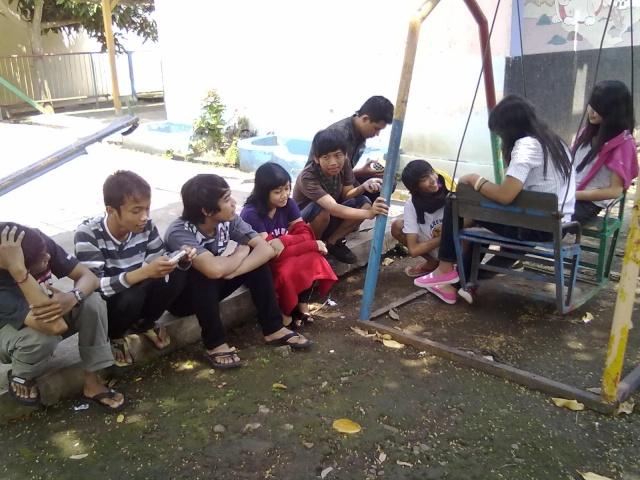 [UPDATE] Foto Buka Bersama & Nonton Bareng  14092010