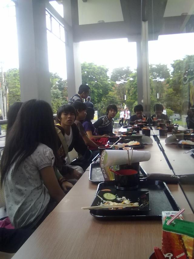 [UPDATE] Foto Buka Bersama & Nonton Bareng  14092013
