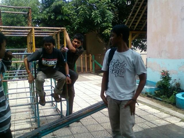 [UPDATE] Foto Buka Bersama & Nonton Bareng  Spa00911