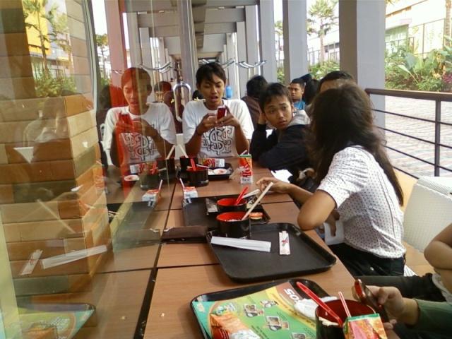 [UPDATE] Foto Buka Bersama & Nonton Bareng  Spa01012