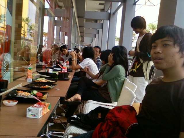 [UPDATE] Foto Buka Bersama & Nonton Bareng  Spa01013