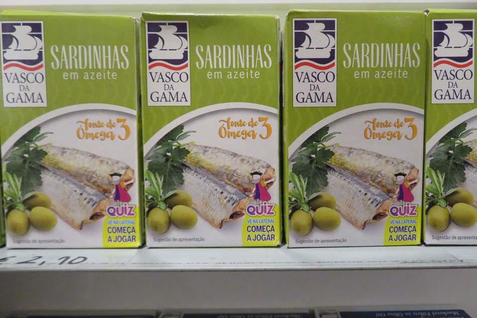 Puxisardinophiles (collectionneurs de boîtes de sardines) - Page 5 Lisbon11