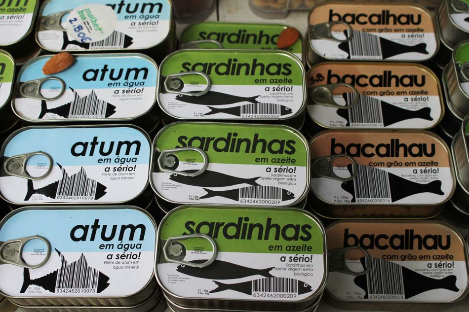 Puxisardinophiles (collectionneurs de boîtes de sardines) - Page 5 Lisbon12