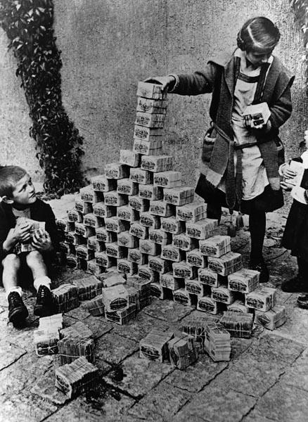 inflation / Hyper Inflation /hyper stagflation / le spectre de Weimar , infos en continu 01020110