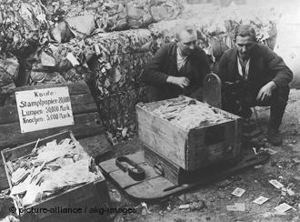 inflation / Hyper Inflation /hyper stagflation / le spectre de Weimar , infos en continu Hyper-10