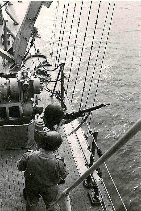 Quel était le modèle de ces fusils ZM-FN ? - Page 4 Debrou11