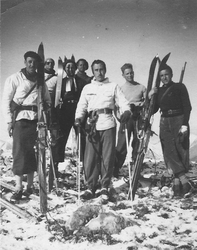 A notre glorieuse Armée des Alpes Pare_d10