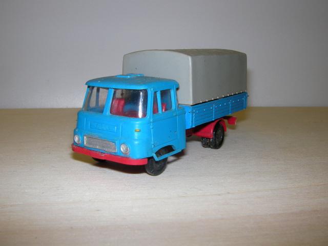 ROBUR aus DDR-Herstellung Sany0111