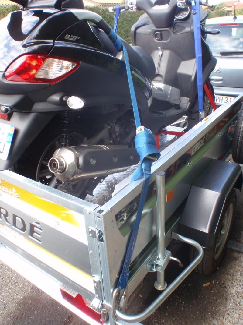 Transformation remorque bagagère Erde 193f en remorque pour Piaggio Mp3 Pa180012