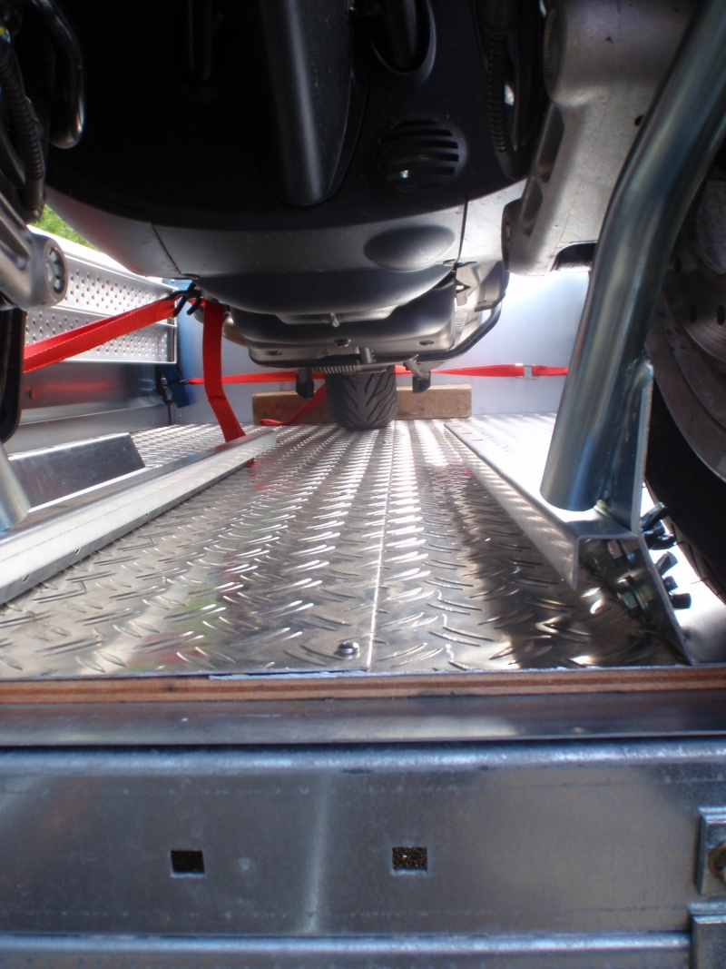 Transformation remorque bagagère Erde 193f en remorque pour Piaggio Mp3 Pa180015