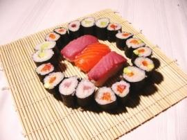Makis Sushi !! Makis-10