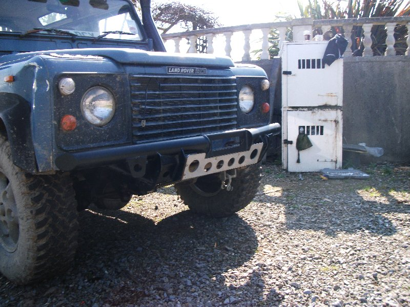Defender bullbar and spots? Dscf1110