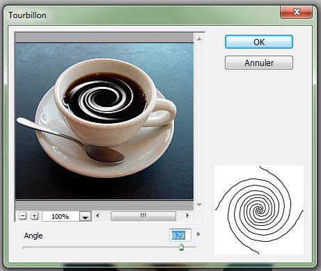 Effet crème dans une tasse de café Image510