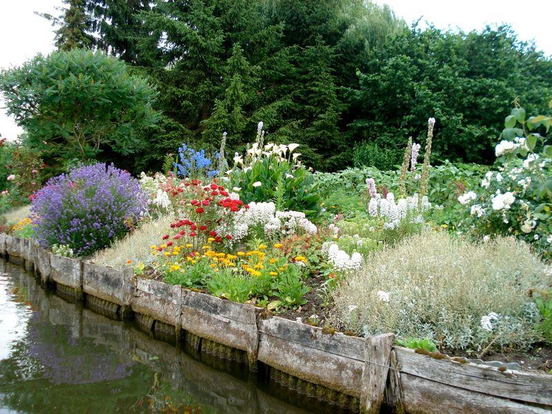 ART DU JARDIN jardins d'exception - fleurs d'exception - Page 5 _1_a0170
