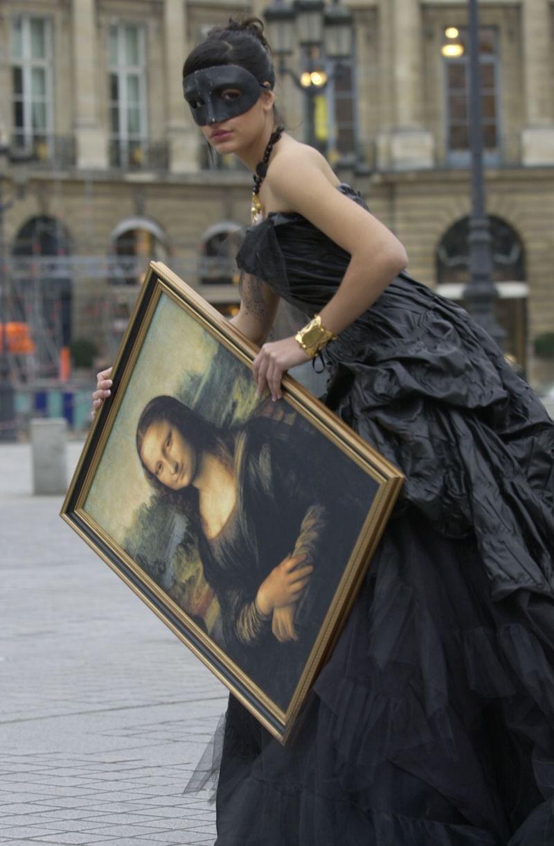 Le Louvre, ses fantômes et ses stars - Page 4 _1_a1068