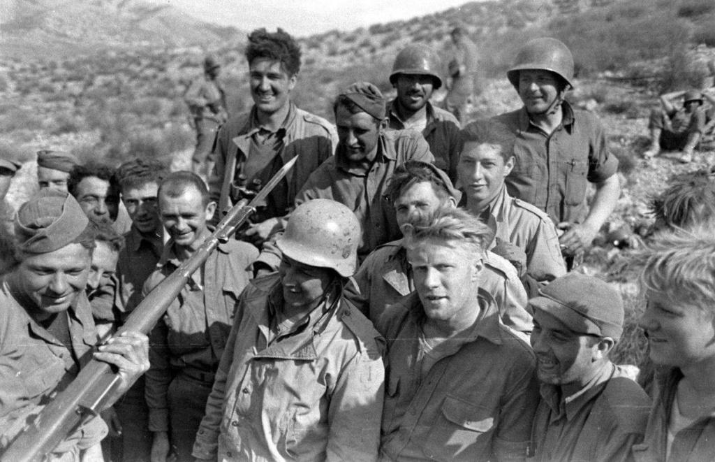 Diverses photos de la WWII - Page 38 0ef17410