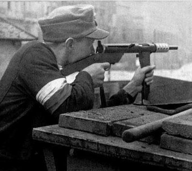 Diverses photos de la WWII - Page 40 Captu154