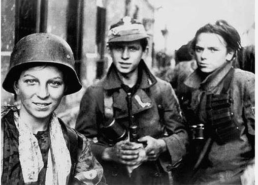 Diverses photos de la WWII - Page 40 Captu157