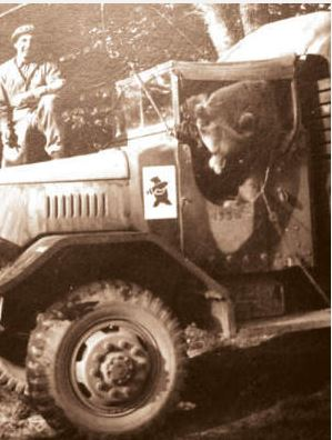 Diverses photos de la WWII - Page 40 Captu158