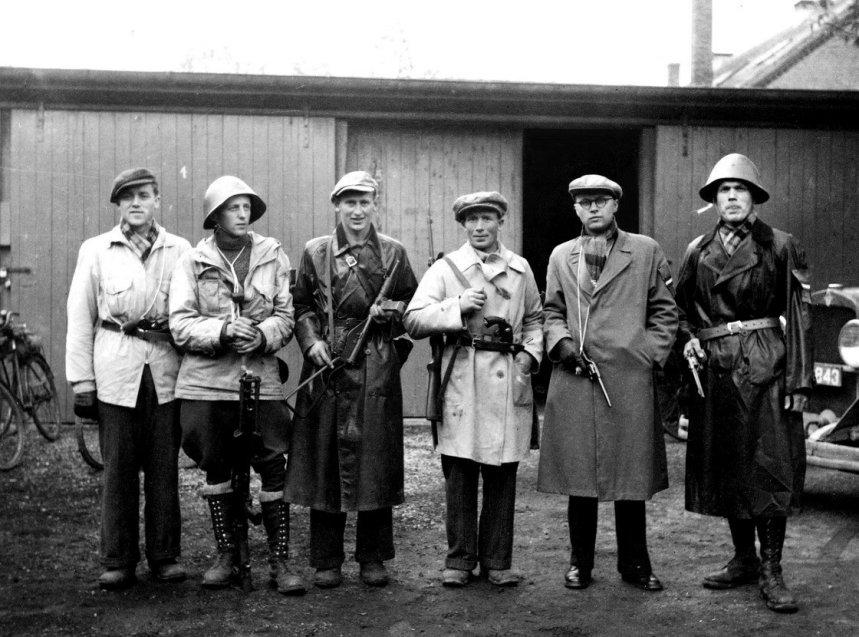 Diverses photos de la WWII (fichier 8) - Page 38 Danish11