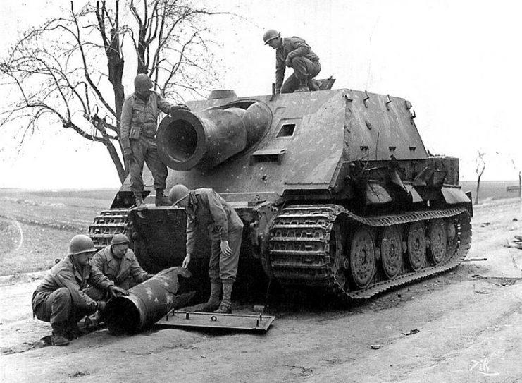 Diverses photos de la WWII - Page 6 Sturmt10