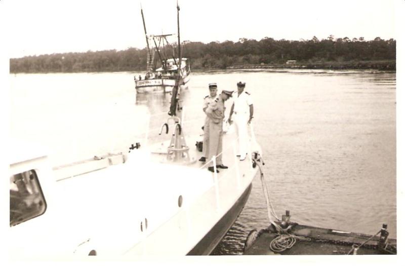 [ Divers Gendarmerie Maritime ] 1977 - Création de la brigade de gendarmerie maritime à Cayenne. P_781_11