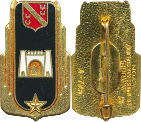 Identification d'insignes et leurs appartenance Base_a10
