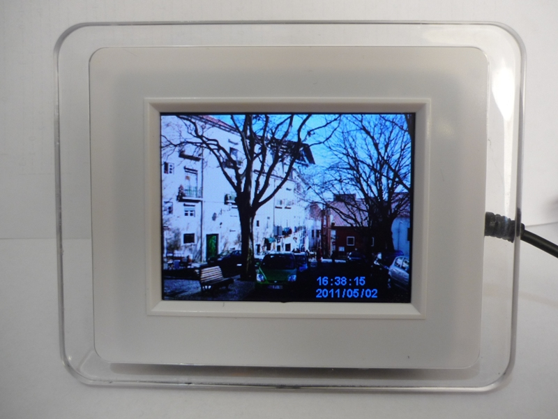 [WTS] 3.5'' Digital Photo Frame - SOLD P1120810