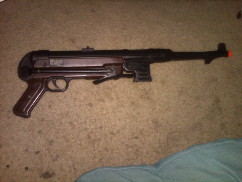 For Sale AGM MP40  $40 Img01010