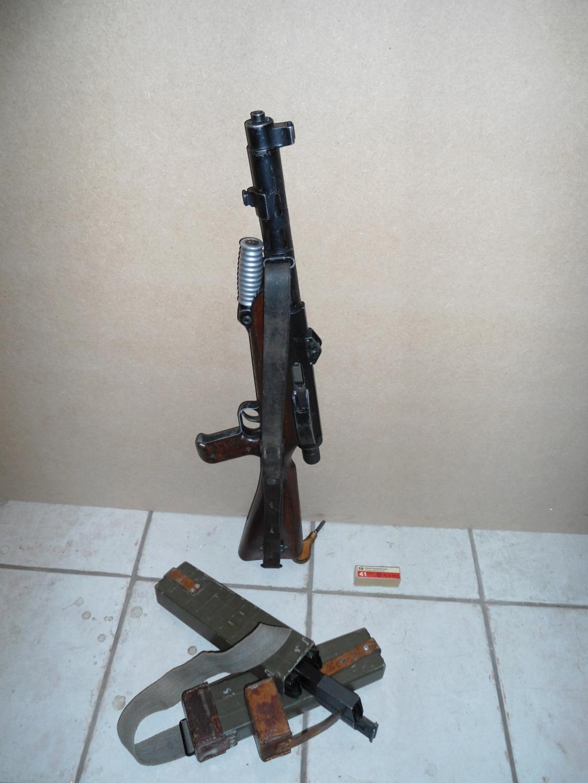 Armes à genouillère 27_41_10