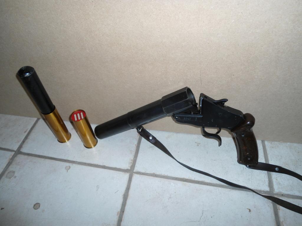Pistolet lance-fusées, 17/38 modèle 1 53_sig10
