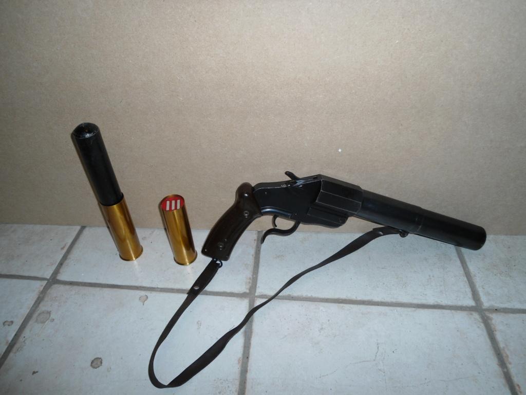 Pistolet lance-fusées, 17/38 modèle 1 53_sig11