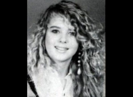 10 Celebrity Yearbook Photos that Will Make You Smile 02-tar10