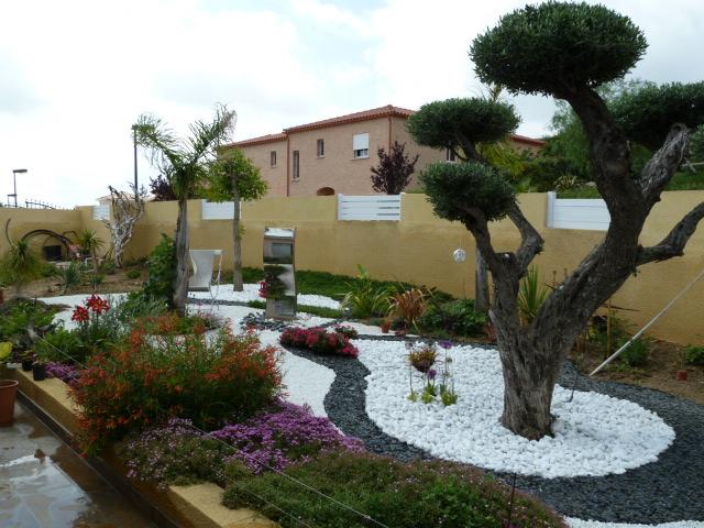 Le jardin  en hiver P1000811