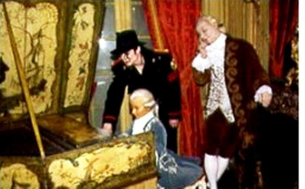 Michael e Mozart: um virtuosismo Correspondente   Michae28