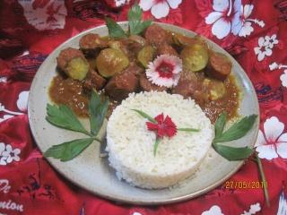 """rougail de saucisses fumées aux légumes.& riz  """"Réunion"""" Mousti44"""