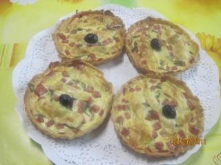 Petites quiches au poivron, jambon au basilic Tartel12