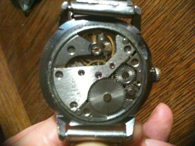Jaeger -  [Le TOPIC des demandes d'IDENTIFICATION et RENSEIGNEMENTS de montres est ICI] Photo10