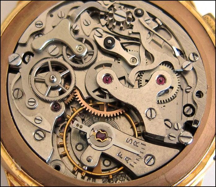 Chronographe Suisse 3_800x10