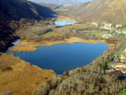 Moto Turismo: guidare fra le curve dei laghi del Varesotto fino a Luino