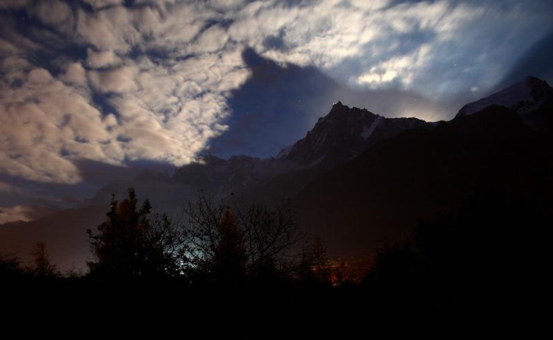 Photos de nuit dans la vallée Aiguil10