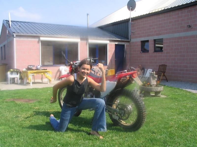 Les filles et la moto... Stage_10