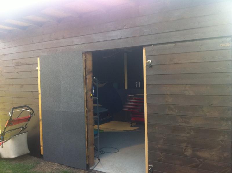 montage petit atelier de fraisage dans mon abris de jardin Img_1012