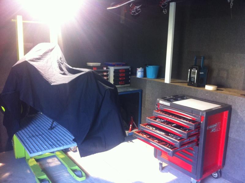 montage petit atelier de fraisage dans mon abris de jardin Img_1019