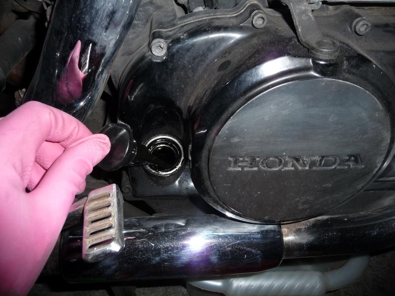 VTE 500 - Vidange moteur (comment et avec quels outils ?) P1010831
