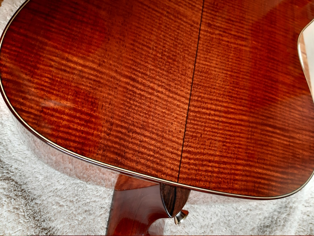 Vends OM custom BOURGEOIS Redwood/flamed Mahogany  20200924