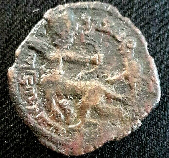 Dirham des Artukids de Madirin pour Nasir al din Urtuk Arslan … C11