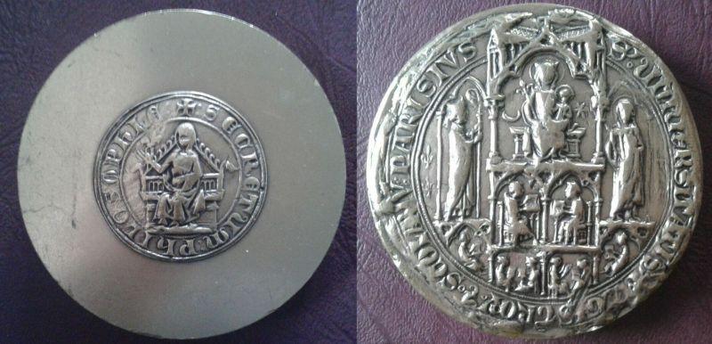 """Médaille moderne """"Sceau de l'Université de Paris"""" ... Medail10"""