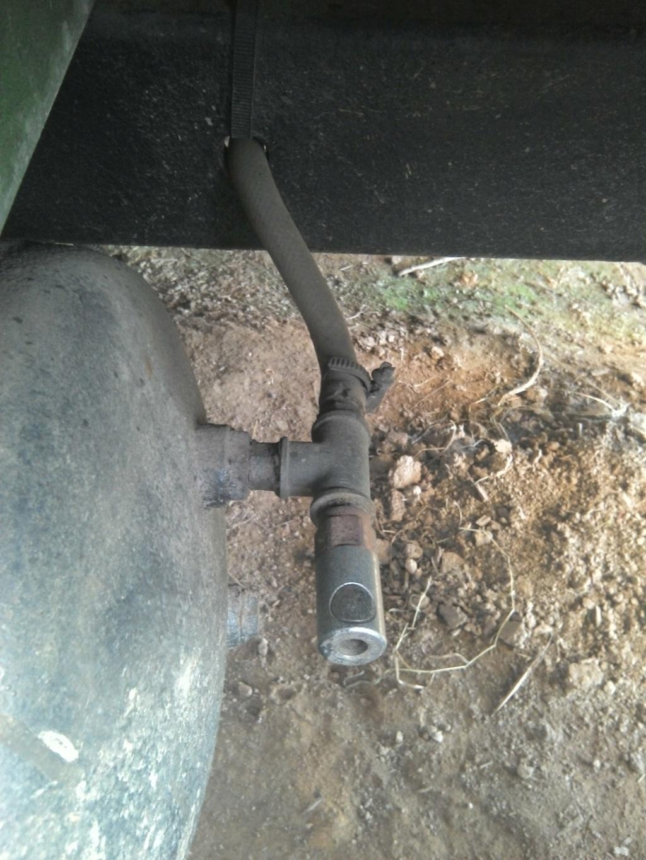 Bouteille de gonflage des pneus Raccor10